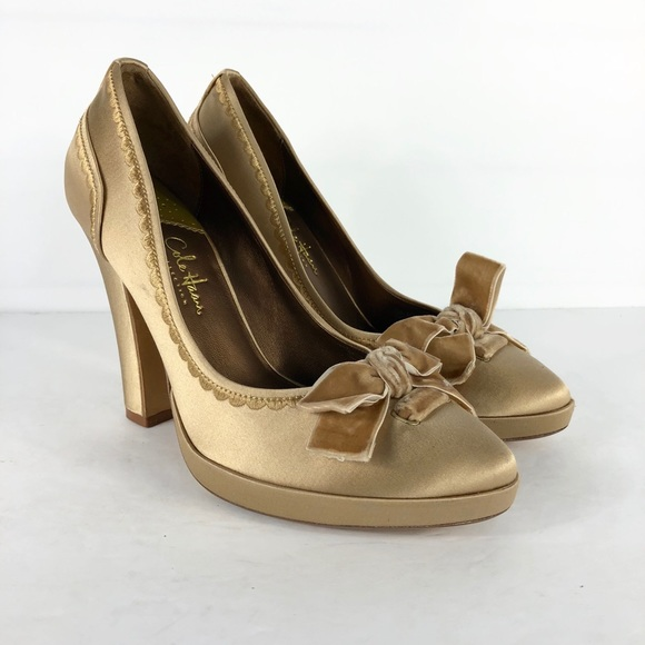New Andre Assous Beige Nude Pamela Espadrille Wedge Shoes